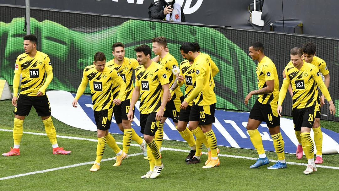 Dortmund celebrate Marco Reus' early goal