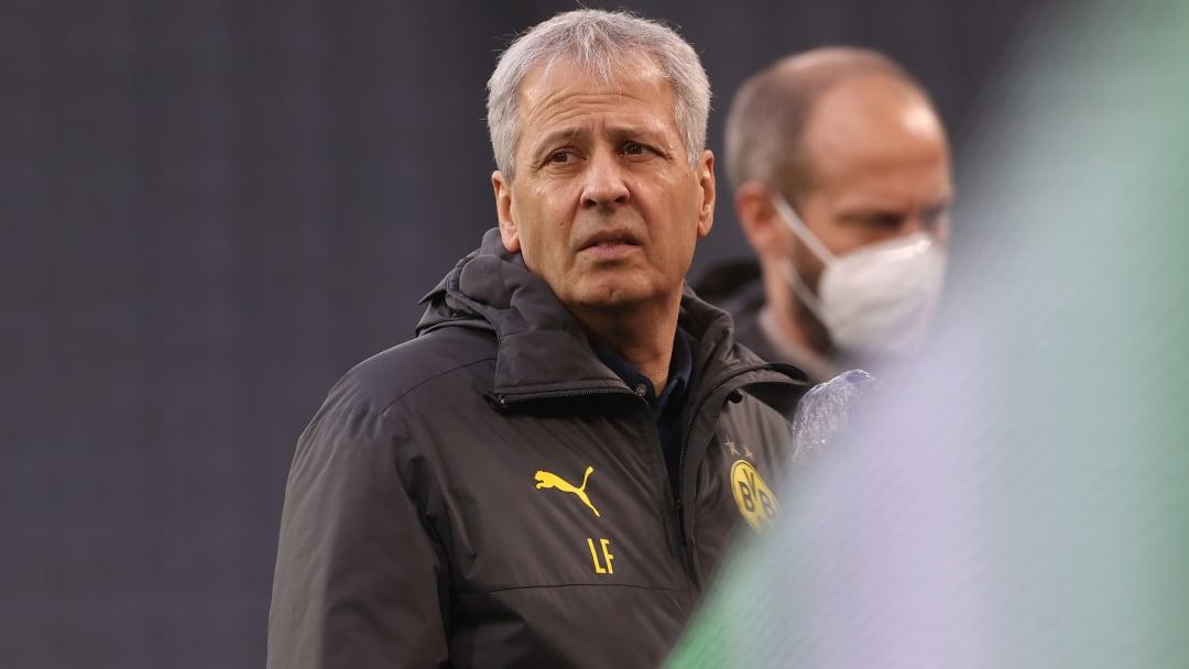 Lucien Favre'nin ismi Fenerbahçe'yle anılıyor.