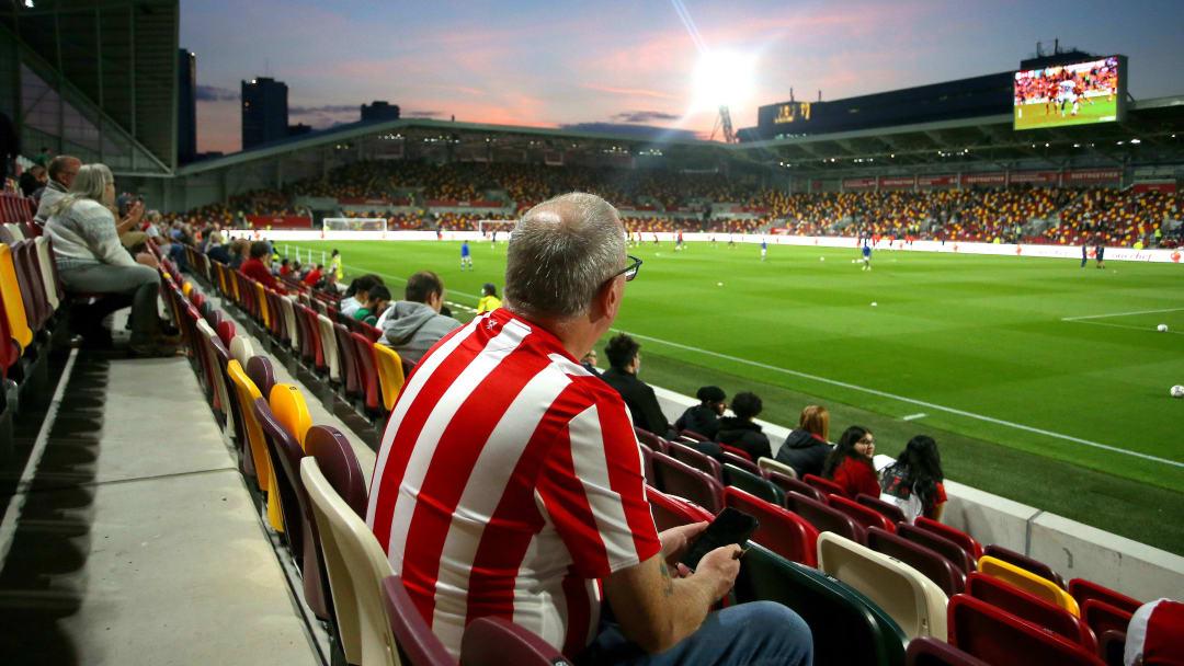 Il Brentford Community Stadium, casa delle Bees