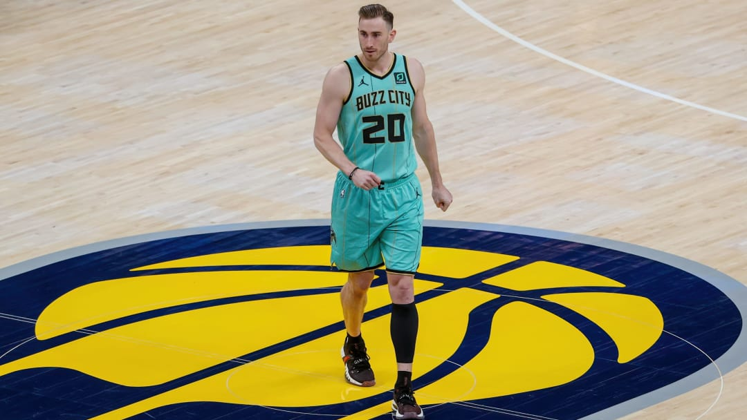 Los Angeles Lakers vs Charlotte Hornets prediction and pick for NBA game tonight.