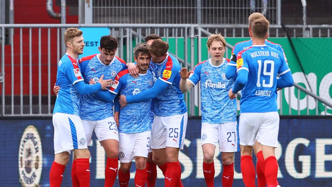 Holstein Kiel v FC St. Pauli - Second Bundesliga