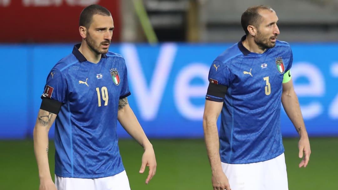 Bonucci e Chiellini in azzurro