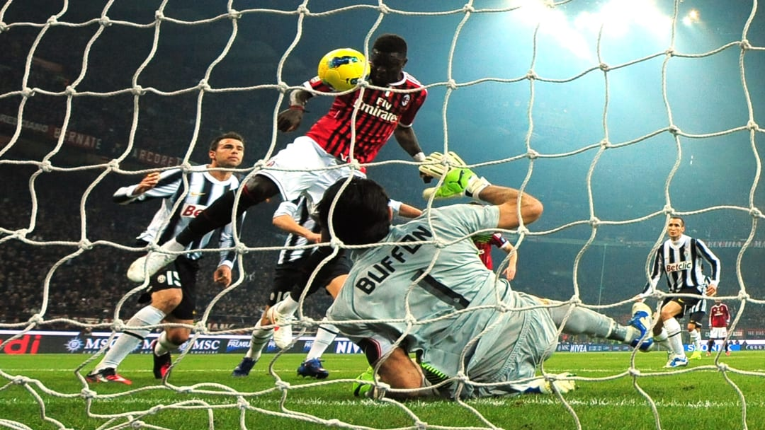 Il gol/no gol di Muntari contro la Juventus