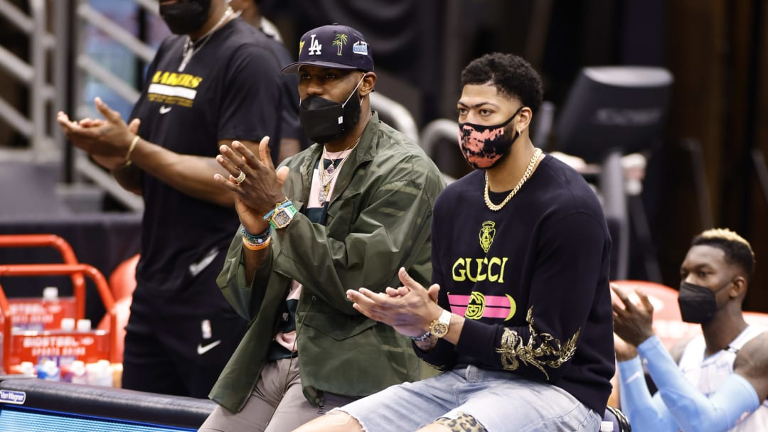 LeBron James y Anthony Davis podrían volver en 2-3 semanas