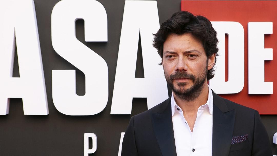 """Álvaro Morte es el actor que se puso en la piel de """"El Profesor"""" en la épica serie española de Netflix"""