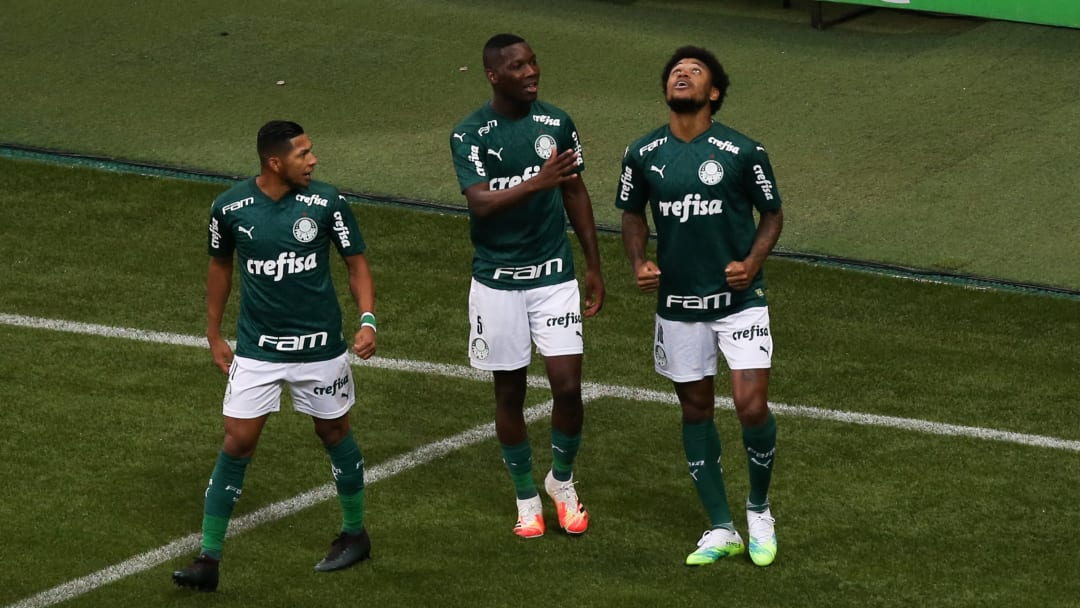 Luiz Adriano, Patrick de Paula, Rony