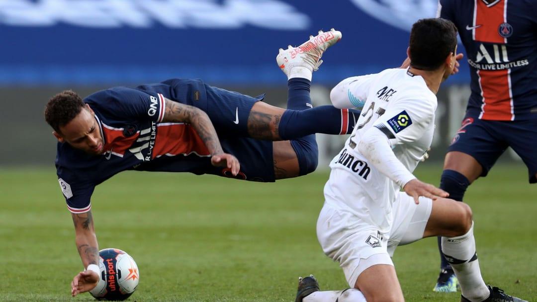 Neymar Jr fue expulsado el sábado por una agresión sobre el futbolista portugués Tiago Djaló.