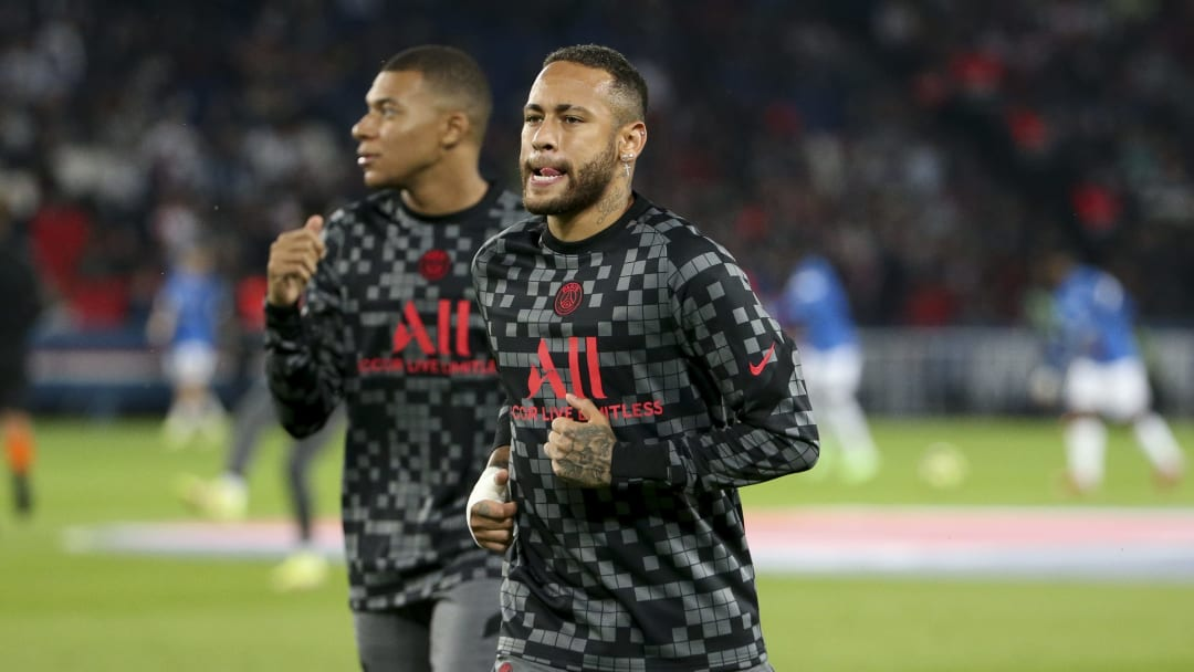 Neymar y Mbappé, listos para enfrentar al Manchester City de Pep Guardiola.