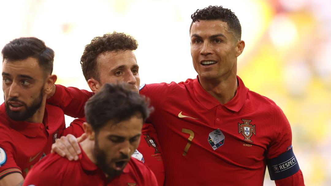 Cristiano Ronaldo a une raison d'avoir le sourire après ce match.