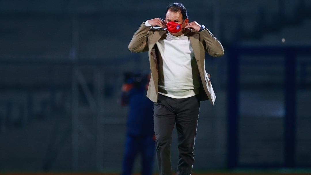 Juan Reynoso verá el América vs Cruz Azul desde el palco