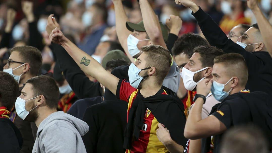 Les supporters lensois ont fait irruption dans le centre d'entraînement de Lille, à quelques jours du derby