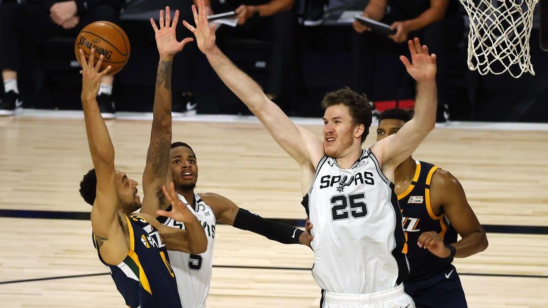 Dejounte Murray, Jakob Poeltl - San Antonio Spurs v Utah Jazz