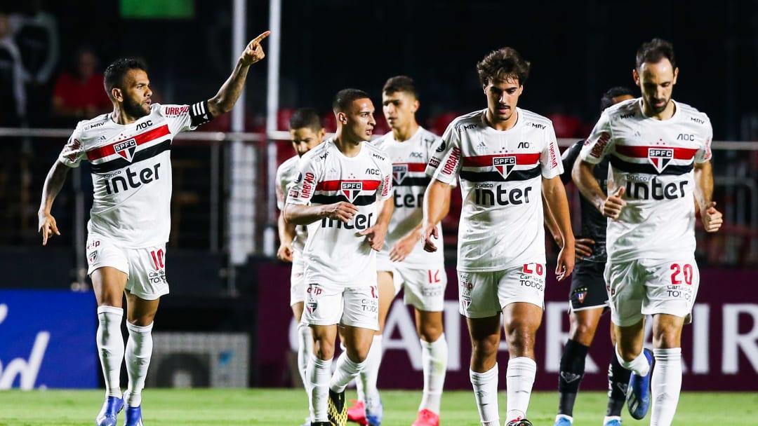 São Paulo, de Daniel Alves, é um dos favoritos ao título brasileiro nesta temporada.