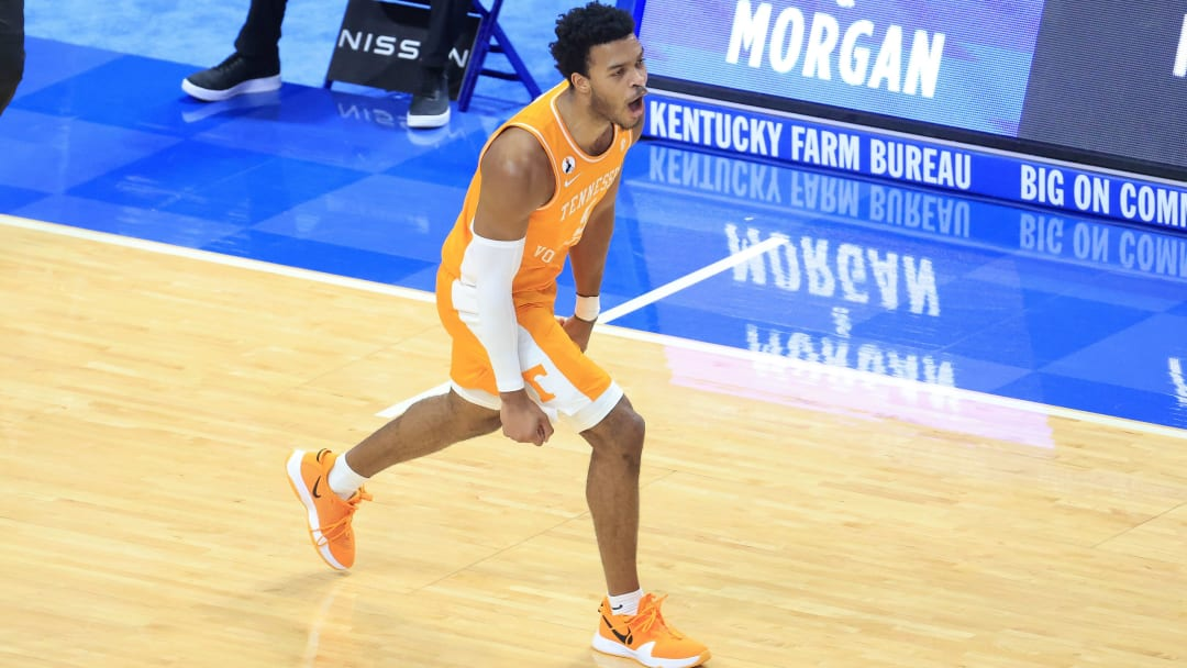 Florida vs Tennessee prediction and pick ATS and straight up for today's NCAA men's college basketball game between FLA and TENN.
