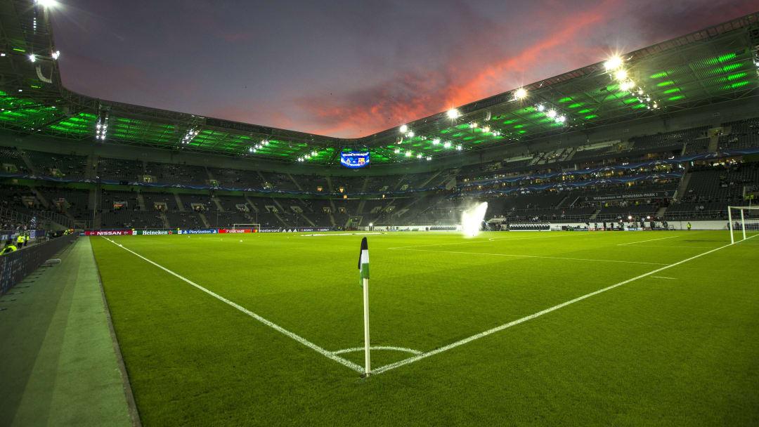 "UEFA Champions League - ""Borussia Monchengladbach v FC Barcelona"""