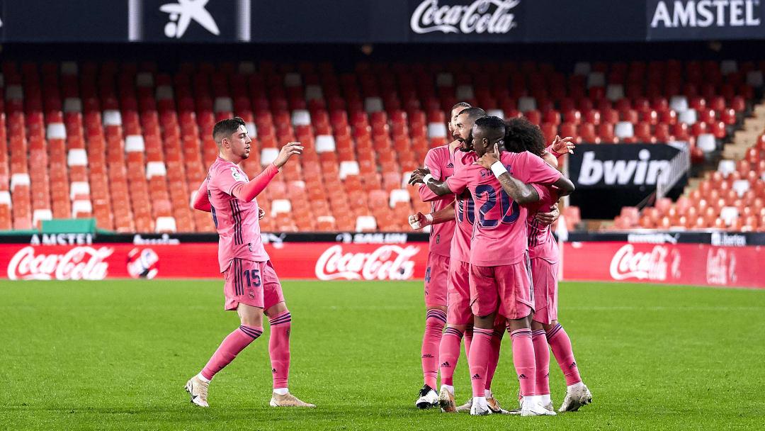 Valencia CF v Real Madrid - La Liga Santander