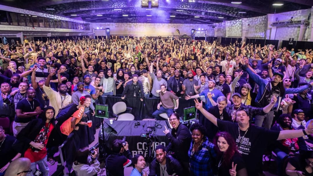 A pre-pandemic photo from Combo Breaker 2019, showing the size, diversity, and community of the FGC.