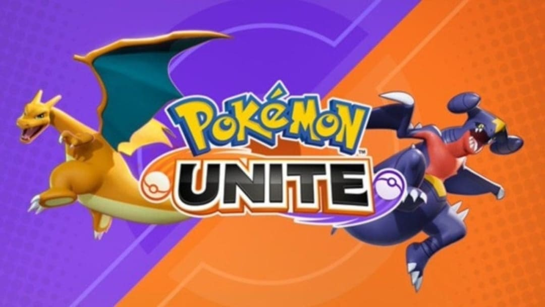 Pokémon UNITE title promo featuring Charizard and Garchomp