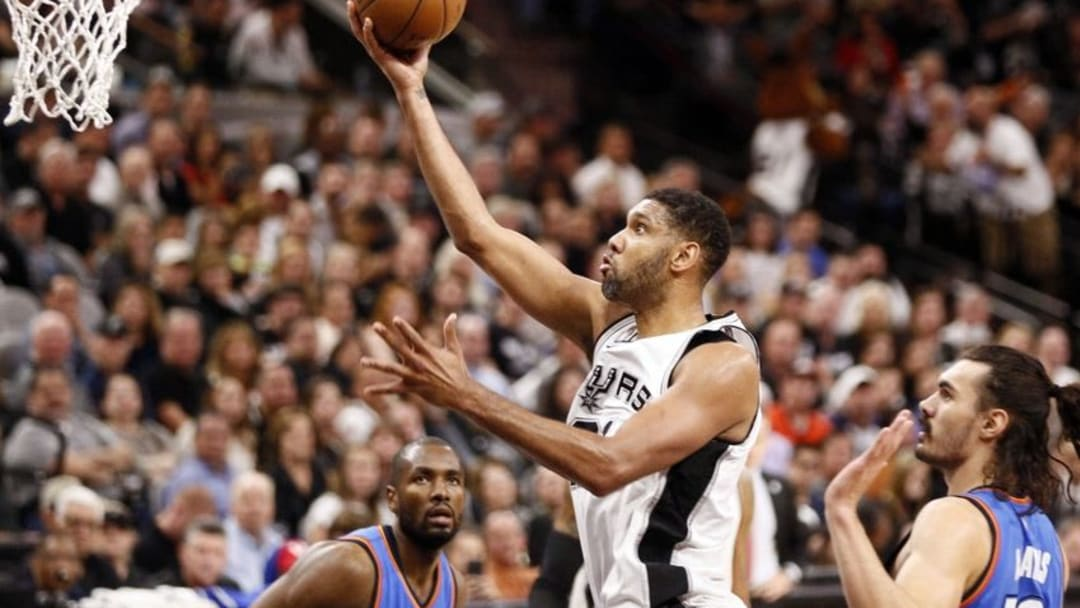 May 2, 2016; San Antonio, TX, USA; San Antonio Spurs power forward Tim Duncan (21) shoots the ball against the Oklahoma City Thunder in game two of the second round of the NBA Playoffs at AT&T Center. Mandatory Credit: Soobum Im-USA TODAY Sports