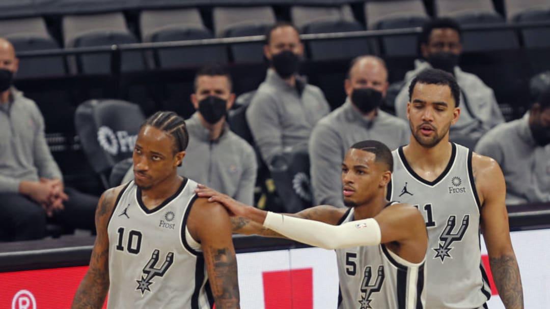 San Antonio Spurs DeMar DeRozan Dejounte Murray Trey Lyles (Photo by Ronald Cortes/Getty Images)