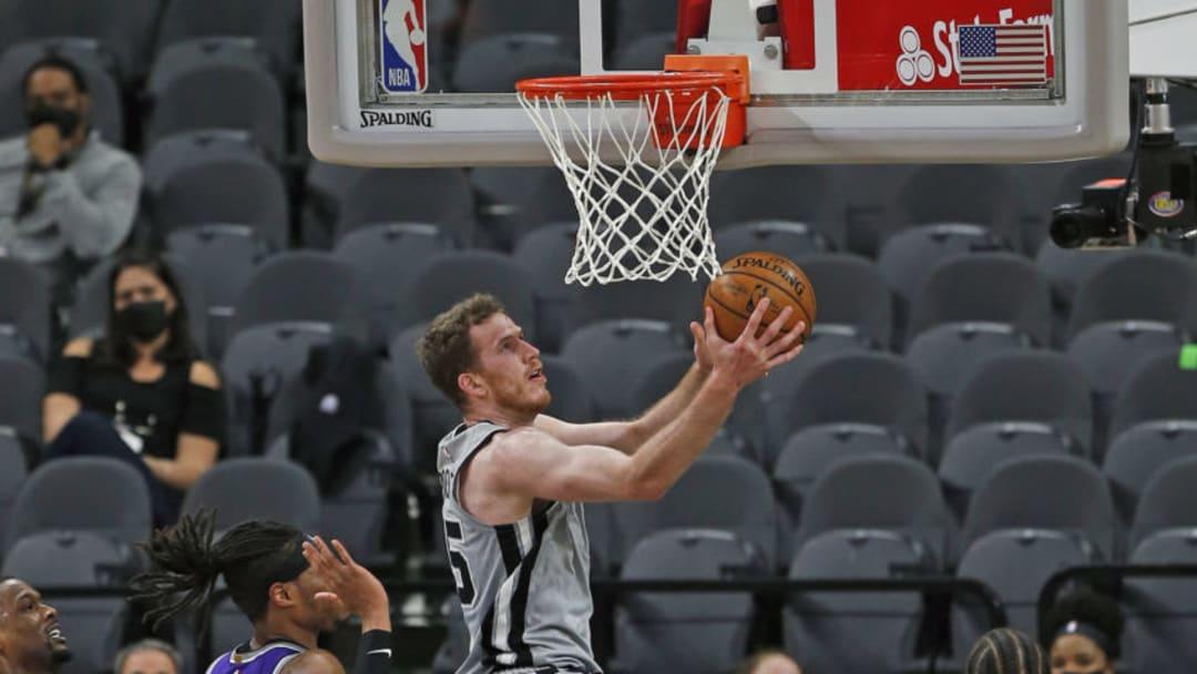 San Antonio Spurs Jakob Poeltl (Photo by Ronald Cortes/Getty Images)