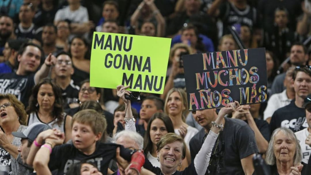 Fans support Manu Ginobili of the San Antaonio Spurs. (Photo by Ronald Cortes/Getty Images)