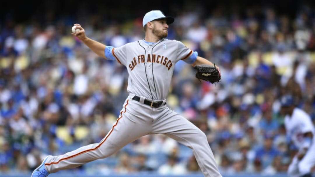 LOS ANGELES, CA - JUNE 17: Chris Stratton #34 of the San Francisco Giants pitches against the Los Angeles Dodgers in the third inning at Dodger Stadium on June 17, 2018 in Los Angeles, California. (Photo by John McCoy/Getty Images)