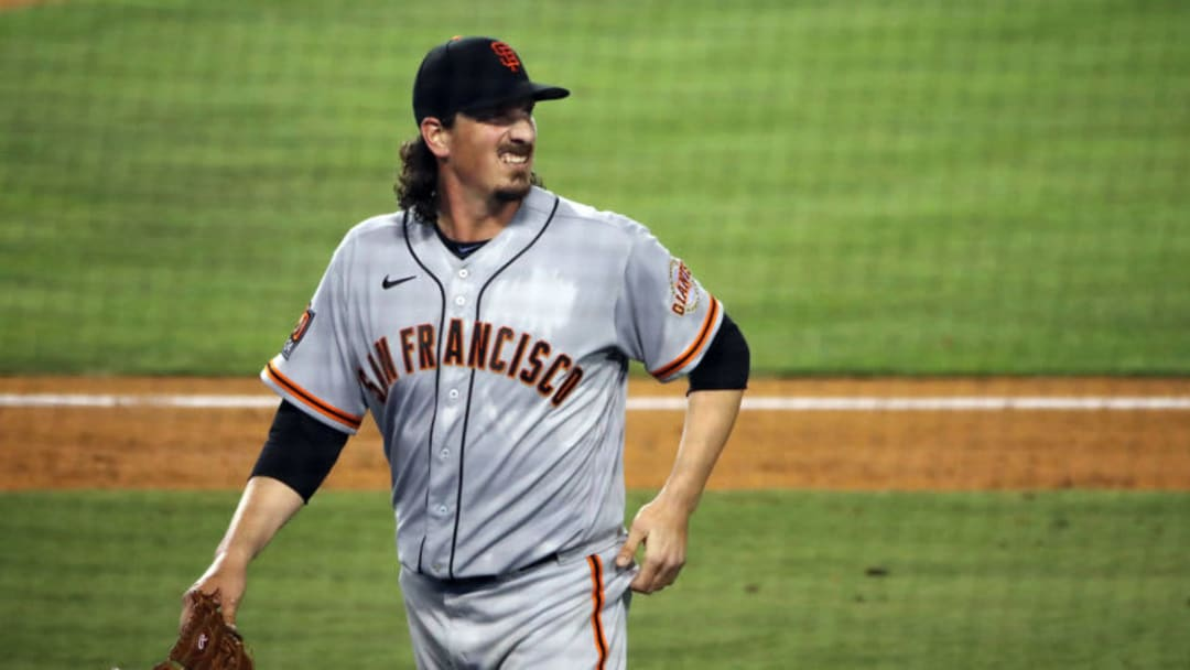 Jeff Samardzija #29 of the SF Giants looks on after leaving the mound. (Photo by Katelyn Mulcahy/Getty Images)