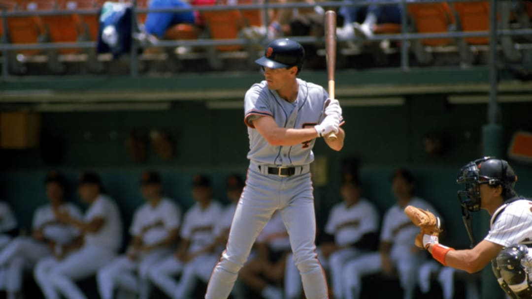 SAN DIEGO - JUNE: Brett Butler #2 of the San Francisco Giants waits for the pitch during a June 1988 game against the San Diego Padres at Jack Murphy Stadium in San Diego, California. (Photo by Stephen Dunn/Getty Images)
