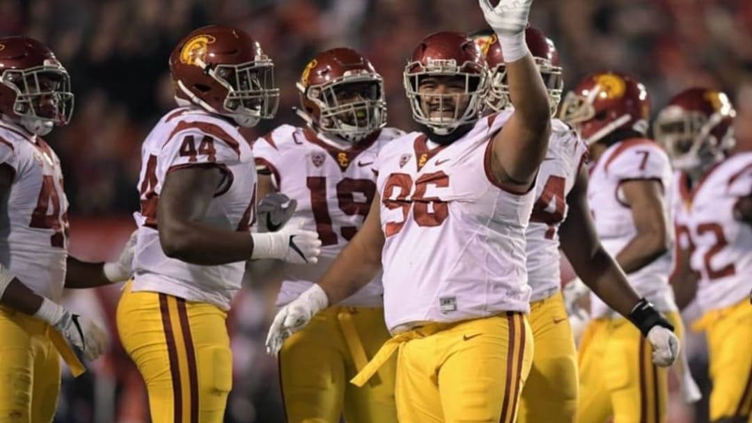 Sep 23, 2016; Salt Lake City, UT, USA; USC Trojans defensive tackle Stevie Tu