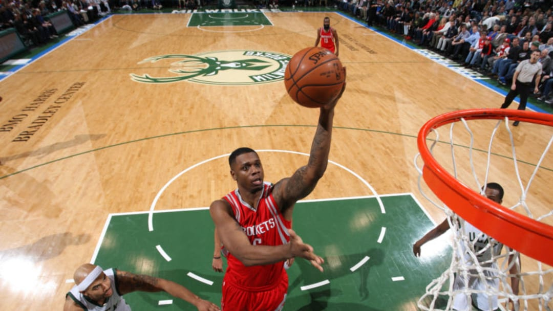 MILWAUKEE, WI - FEBRUARY 29: Terrence Jones #6 of the Houston Rockets goes to the basket against the Milwaukee Bucks on February 29, 2016 at the BMO Harris Bradley Center in Milwaukee, Wisconsin. NOTE TO USER: User expressly acknowledges and agrees that, by downloading and or using this Photograph, user is consenting to the terms and conditions of the Getty Images License Agreement. Mandatory Copyright Notice: Copyright 2016 NBAE (Photo by Gary Dineen/NBAE via Getty Images)