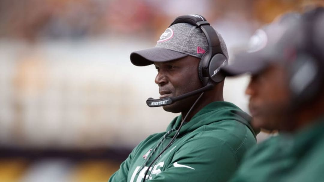 PITTSBURGH, PA - OCTOBER 09: Head coach Todd Bowles looks on during the second half while playing the Pittsburgh Steelers at Heinz Field on October 9, 2016 in Pittsburgh, Pennsylvania. Pittsburgh won the game 31-13.(Photo by Gregory Shamus/Getty Images)