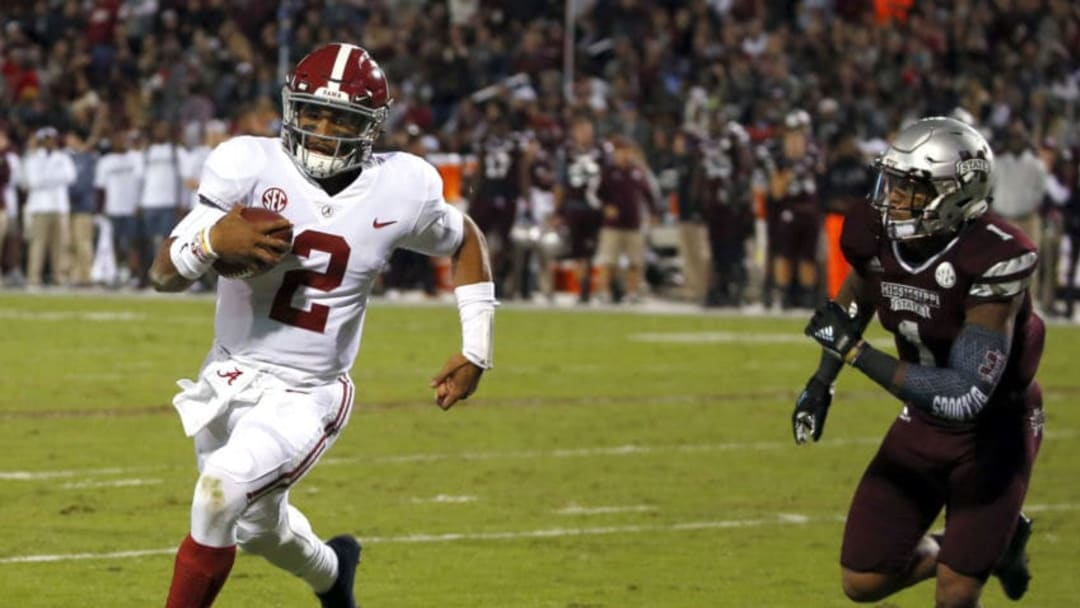 STARKVILLE, MS - NOVEMBER 11: Jalen Hurts #2 of the Alabama Crimson Tide gets around Brandon Bryant #1 of the Mississippi State Bulldogs for the touchdown during the first half of an NCAA football game at Davis Wade Stadium on November 11, 2017 in Starkville, Mississippi. (Photo by Butch Dill/Getty Images)