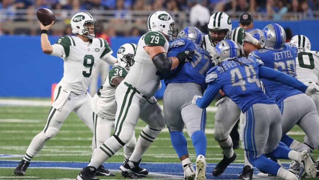 DETROIT, MI - AUGUST 19: Bryce Petty #9 of the New York Jets drops back to pass during the third quarter of the preseason game against the Detroit Lions on August 19, 2017 at Ford Field in Detroit, Michigan. The Lions defeated the Jets 16-6. (Photo by Leon Halip/Getty Images)
