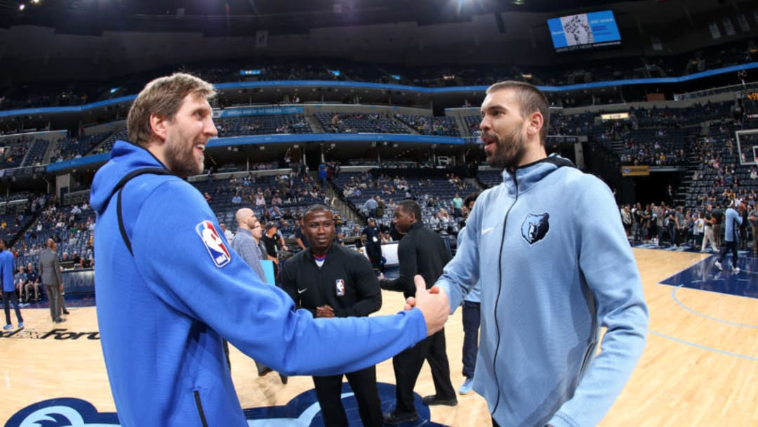 MEMPHIS, TN - OCTOBER 26: Dirk Nowitzki #41 of the Dallas Mavericks shakes hands with Marc Gasol #33 of the Memphis Grizzlies before the game on October 26, 2017 at FedExForum in Memphis, Tennessee. NOTE TO USER: User expressly acknowledges and agrees that, by downloading and or using this photograph, User is consenting to the terms and conditions of the Getty Images License Agreement. Mandatory Copyright Notice: Copyright 2017 NBAE (Photo by Joe Murphy/NBAE via Getty Images)