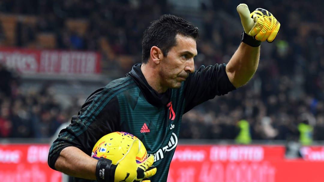 AC Milan v Juventus - Coppa Italia: Semi Final