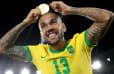 Daniel Alves diz 'não' ao Fluminense, e futuro do jogador é incerto