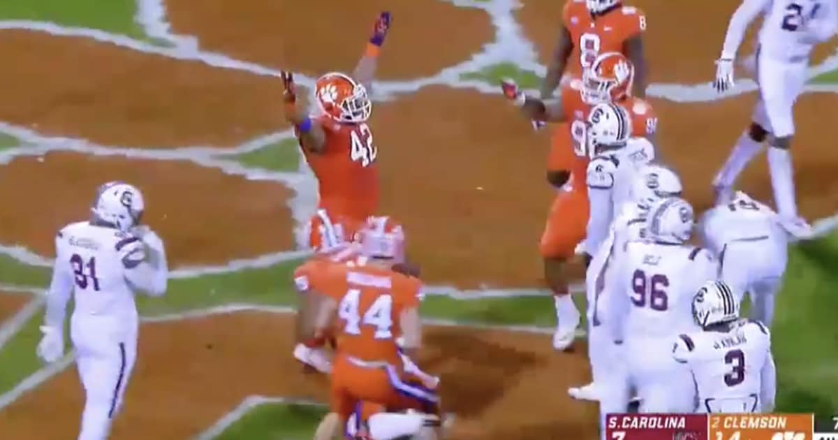 917801c05 VIDEO  Clemson DL Christian Wilkins Scores Goal Line TD and Does the  Heisman Pose ...