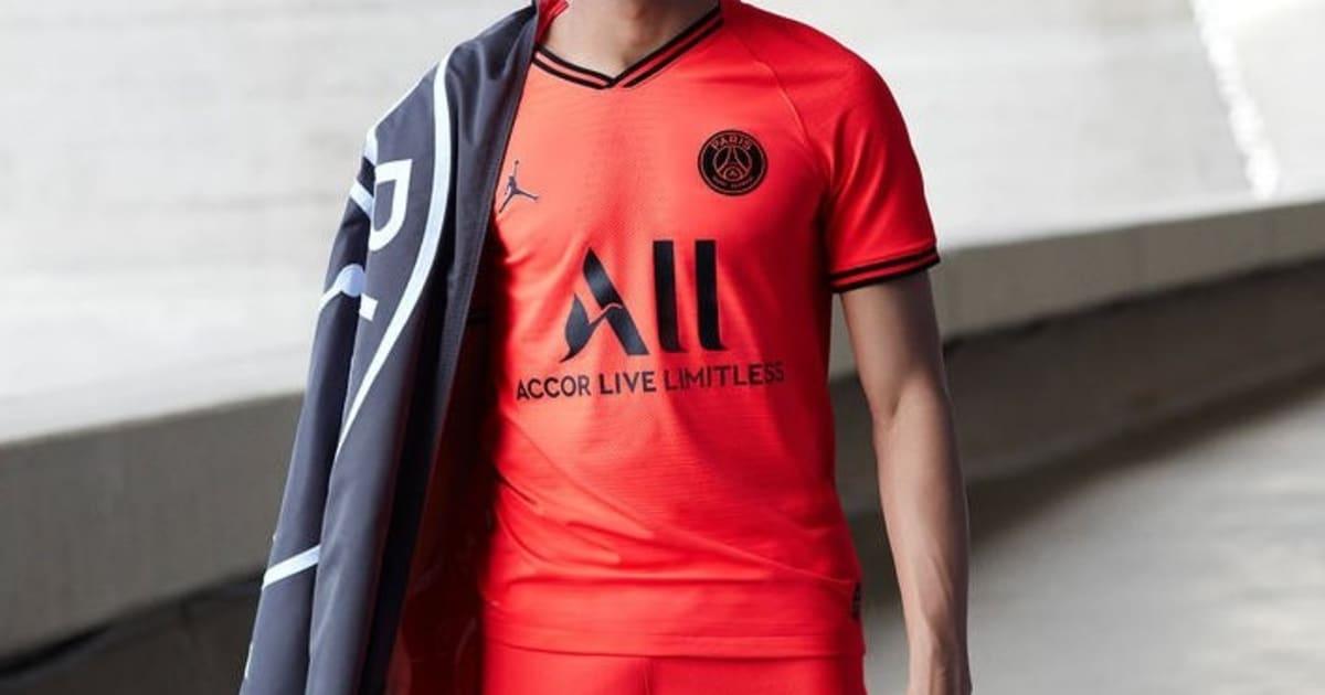 Paris Saint Germain Partner With Jordan As They Unveil Stunning Infrared 2019 20 Away Kit 90min