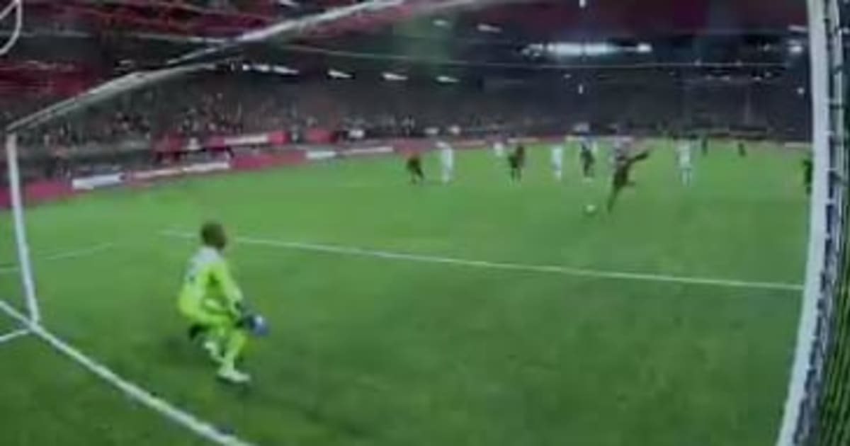 video  atlanta united star josef martinez misses penalty