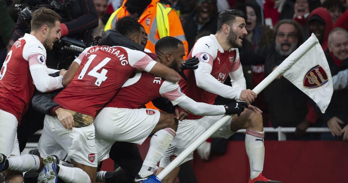Arsenal-fc-v-tottenham-hotspur-fc-premier-league-5c181de157d2faa477000011
