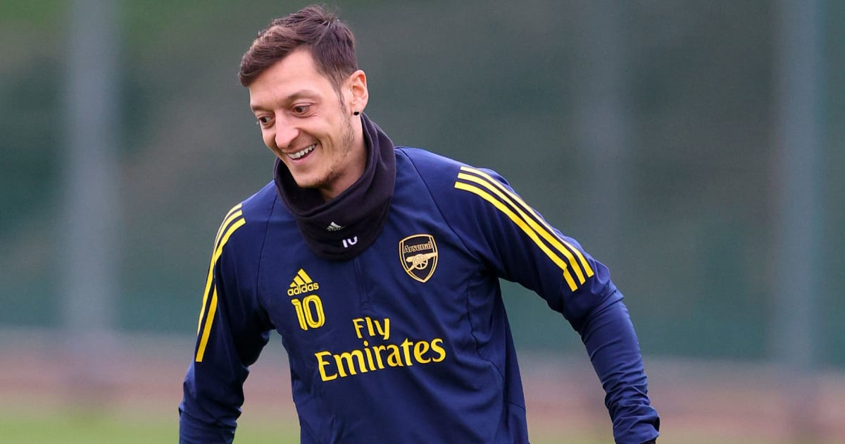 Mesut Özil to Miss Arsenal's Olympiacos Trip Due to 'Personal Reasons'