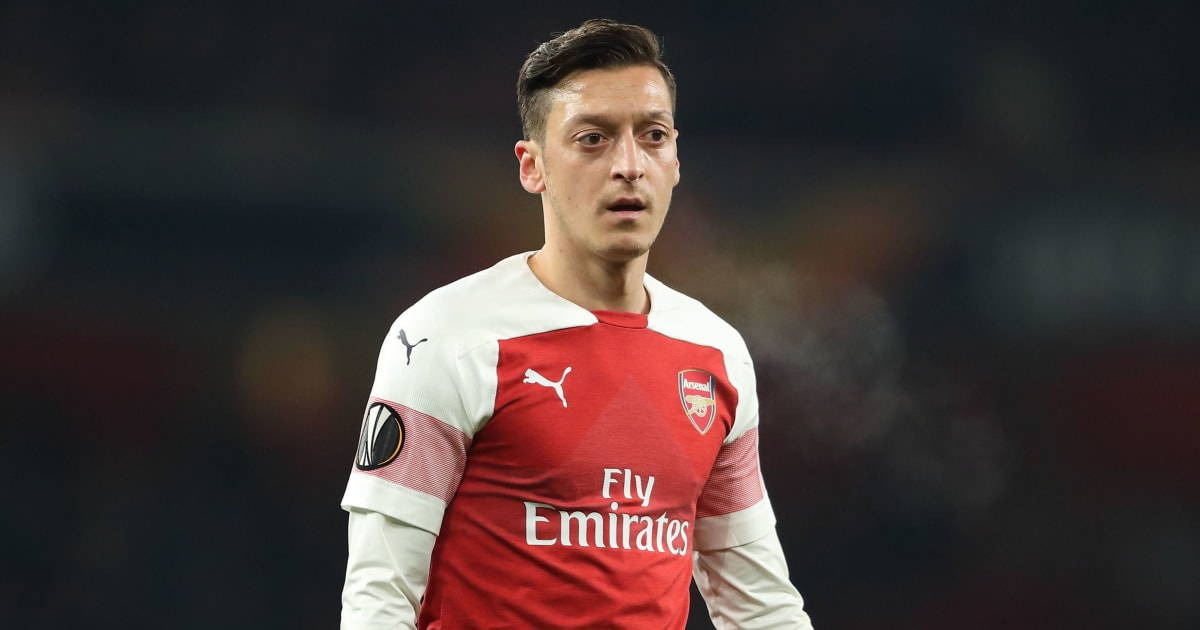 Stan Collymore Accuses Unai Emery of Treating Mesut Ozil Like a 'Leper' After Arsenal Snubs