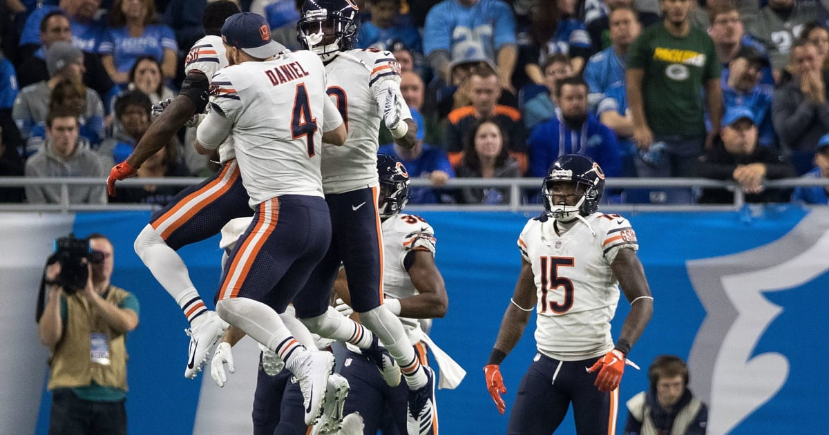 dominant defense helps chase daniel 39 s bears knock off lions 12up. Black Bedroom Furniture Sets. Home Design Ideas