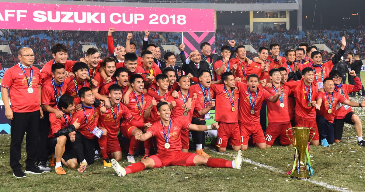 NÓNG: FIFA công bố bảng xếp hạng tháng 12, tuyển Việt Nam bỏ xa Thái Lan, Philippines!