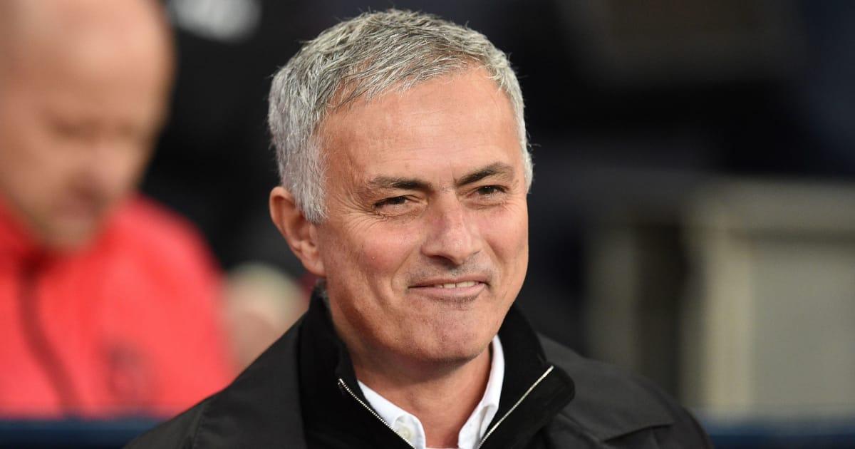 Mourinho báo tin cực vui cho fan M.U trước loạt trận cuối tuần này