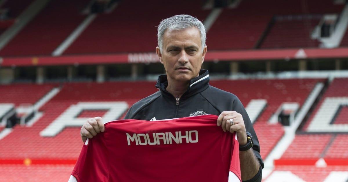 """Nơi đầu tiên chính thức thông báo đã nhận được """"đơn xin việc"""" của Mourinho"""