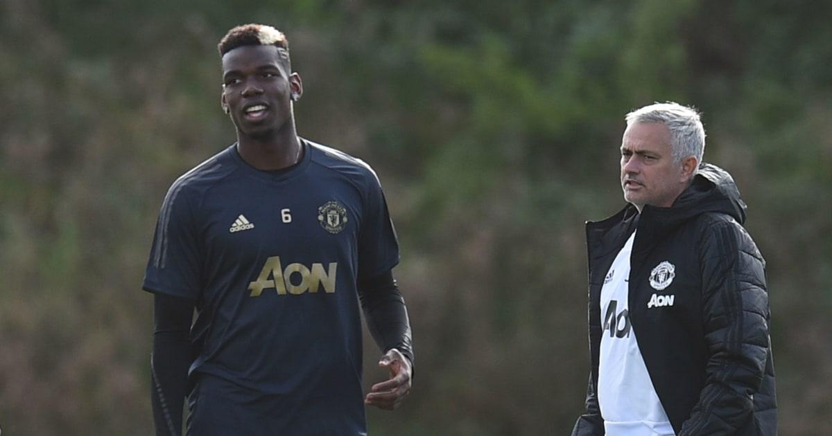 """TIẾT LỘ: Sự thật """"khó tin"""" về mối quan hệ giữa Pogba và Mourinho"""