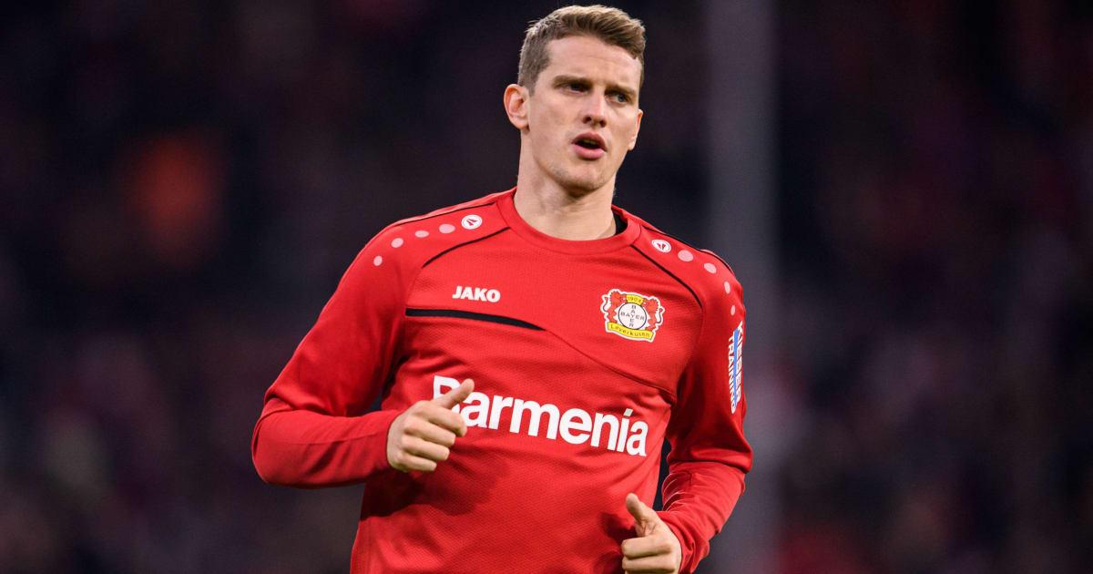 Nach Pyro-Irrsinn: Bayer-Kapitän Lars Bender kritisiert eigene Fans