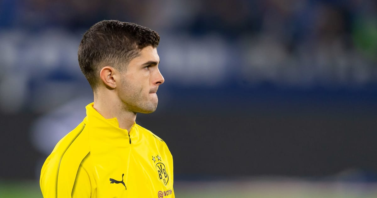 dortmund 39 s christian pulisic 39 prefers 39 to join liverpool over chelsea as transfer saga continues. Black Bedroom Furniture Sets. Home Design Ideas